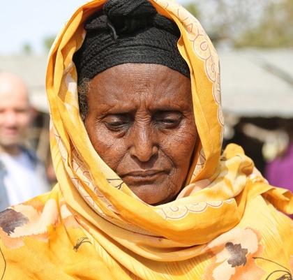 portrait-at-kakuma-refugee-camp-in-kenya_t20_EPazn4
